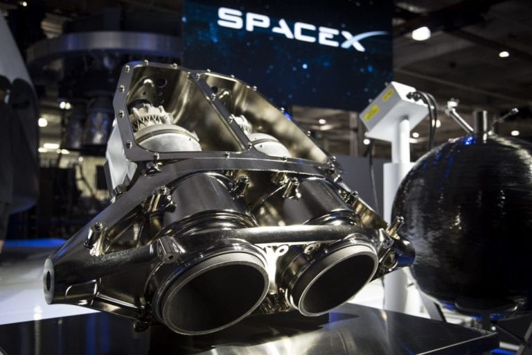 Space travel conglomerates of the future – SpaceX and Blue Origin
